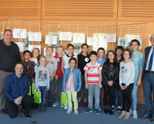 Remise des récompenses du concours de dessins du Conseil Municipal des Jeunes