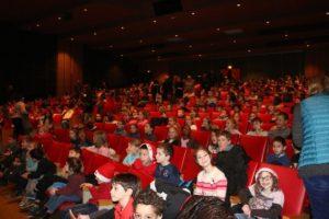 Spectacle de Noël pour les enfants des écoles @ Centre culturel Voltaire