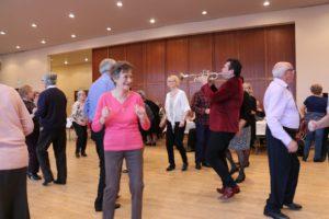 Thé dansant seniors @ Centre culturel Voltaire
